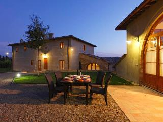 Perfect Villa with Deck and Internet Access - Montespertoli vacation rentals