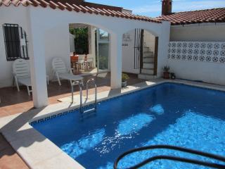 3 Bedroom Villa with Private Pool, Alcossebre - Alcossebre vacation rentals