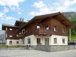 Perfect 1 bedroom Livigno Chalet with Internet Access - Livigno vacation rentals