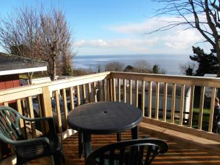 Bright 2 bedroom Chalet in Shaldon with Outdoor Dining Area - Shaldon vacation rentals