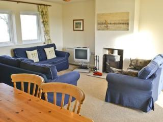 2 bedroom Cottage with Grill in Longframlington - Longframlington vacation rentals