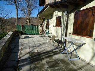 Nice 2 bedroom House in Teramo - Teramo vacation rentals