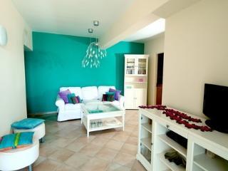 Nice 3 bedroom Condo in Agios Nikolaos - Agios Nikolaos vacation rentals