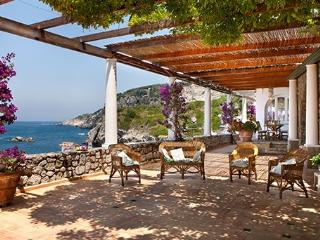 3 bedroom Villa in San Montano, Costa Sorrentina, Amalfi Coast, Italy : ref - Caianello vacation rentals