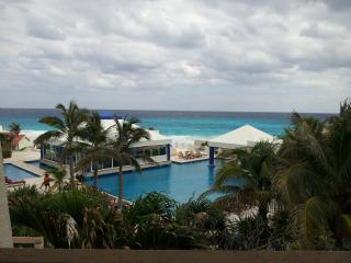 Cancun 'Ocean View Studio' Hotel Zone Only $64.00. - Cancun vacation rentals