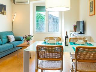 Bright 3 bedroom Apartment in Girona - Girona vacation rentals