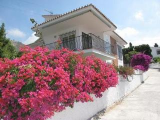 Casa Rayo del Sol - 2 bedroomed villa with pool - Maro vacation rentals
