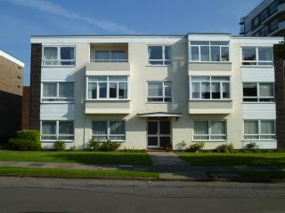 South House Queens Road - Frinton-On-Sea vacation rentals