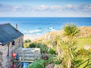 GIRL ANNIE, romantic reverse level cottage by the beach with terrific sea views - Sennen vacation rentals