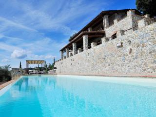 Poggio alla Rocca: nature & 5 exclusive apartments - Casale di Pari vacation rentals