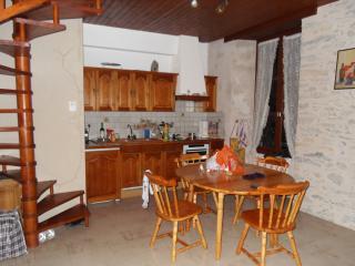Résidence Continental Eaux-Bon - Les Eaux-Bonnes vacation rentals