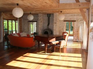 Liptrap, spacious house by a lake, close to beach - Loches vacation rentals