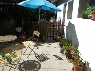 La ville côté jardin avec terrasse - Perpignan vacation rentals