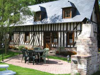 """Gîte """"La Heutterie"""" - Saint-Georges-du-Vievre vacation rentals"""