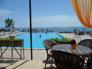 Vacation rentals in Burgas Province
