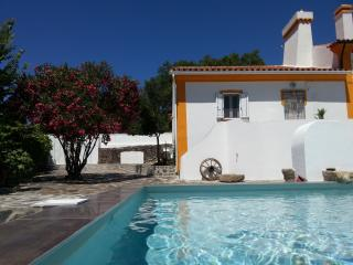 Comfortable Cottage with Deck and Internet Access - Marvao vacation rentals
