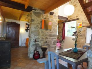 Cozy 2 bedroom Seggiano House with Internet Access - Seggiano vacation rentals