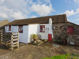 Lovely Cottage with Internet Access and Satellite Or Cable TV - Llanrhian vacation rentals