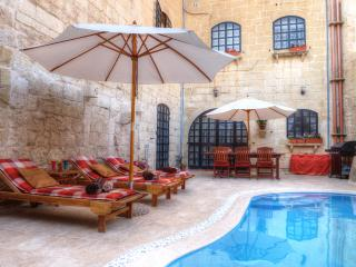 3 bedroom House with Internet Access in Zejtun - Zejtun vacation rentals