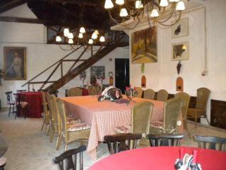 6 bedroom Farmhouse Barn with Internet Access in Santarem - Santarem vacation rentals