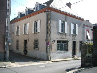 Lovely 2 bedroom Bed and Breakfast in Lussac-Les-Eglises - Lussac-Les-Eglises vacation rentals
