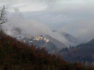 Nice House with Internet Access and Television - Cerreto di Spoleto vacation rentals