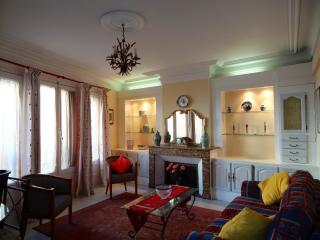 Nice Condo with Internet Access and Television - Béziers vacation rentals