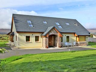 Bright 6 bedroom Killarney Cottage with Parking Space - Killarney vacation rentals