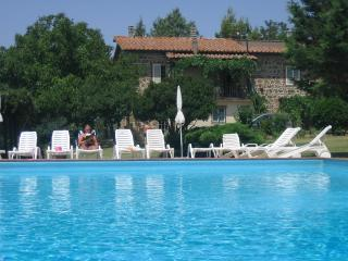 Tuscan apartment rentals just outside Sovana with private pool, balcony and garden - Sorano vacation rentals