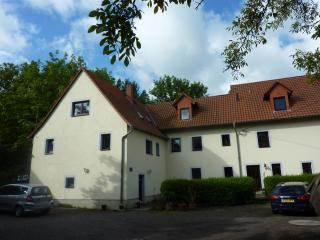 Gorgeous Bed and Breakfast with Balcony and Central Heating - Gauernitz vacation rentals