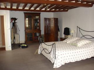 Cozy 3 bedroom Saint-Pierre-sur-Dives House with Internet Access - Saint-Pierre-sur-Dives vacation rentals