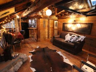 Luxury Apartment Courmayeur - Courmayeur vacation rentals