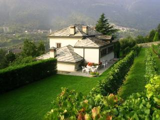 Nice Villa with Satellite Or Cable TV and Hot Tub - Chatillon vacation rentals
