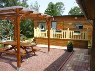 Cozy 2 bedroom Sourdeval Caravan/mobile home with Garden - Sourdeval vacation rentals