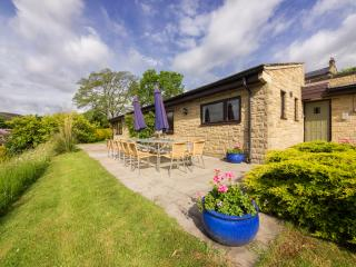 7 bedroom Bungalow with Internet Access in Hathersage - Hathersage vacation rentals