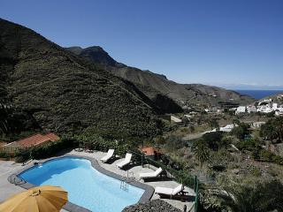 Holiday cottage with pool in Agaete (GC0362) - Agaete vacation rentals