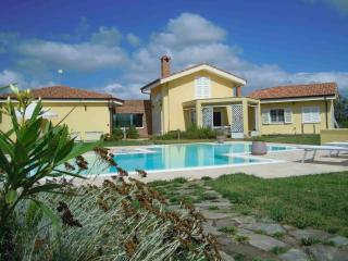 "B&B ""The Country House"" - Oristano vacation rentals"