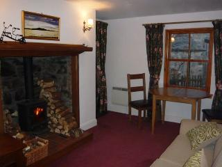 Comfortable Cottage with Internet Access and Dishwasher - Braemar vacation rentals