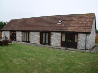 Lovely 2 bedroom Barn in Kewstoke - Kewstoke vacation rentals