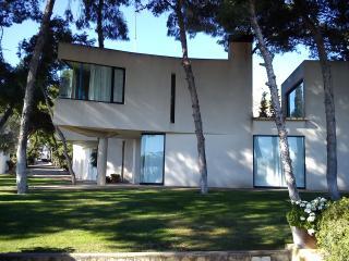 3 bedroom Villa with Internet Access in Sant Carles de la Ràpita - Sant Carles de la Ràpita vacation rentals