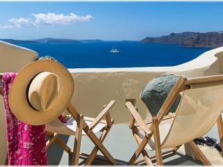 Bright Oia Cottage rental with A/C - Oia vacation rentals