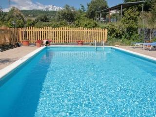 Nice 2 bedroom Piedimonte Etneo Farmhouse Barn with Internet Access - Piedimonte Etneo vacation rentals