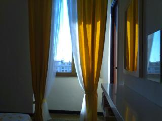 2 bedroom Apartment with Internet Access in Genoa - Genoa vacation rentals