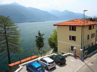 Front Lake Villa