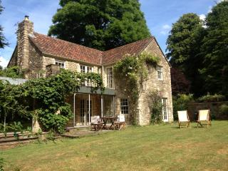 Idyllic farmhouse near Bath - Dyrham vacation rentals