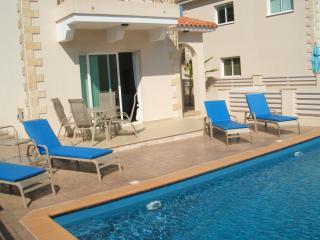 Bright 4 bedroom Protaras Villa with Internet Access - Protaras vacation rentals
