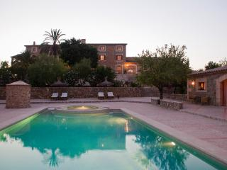 13 bedroom Manor house with Internet Access in Es Capdella - Es Capdella vacation rentals