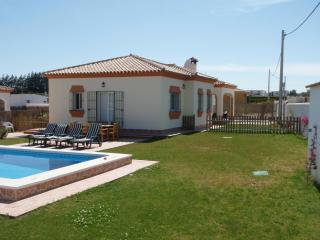 Bright Villa in Cadiz Province with Internet Access, sleeps 8 - Cadiz Province vacation rentals