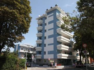 APPART-HOTEL HOLIDAY *** - Lignano Sabbiadoro vacation rentals