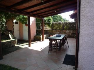 Bright 2 bedroom Aglientu Condo with Stove - Aglientu vacation rentals